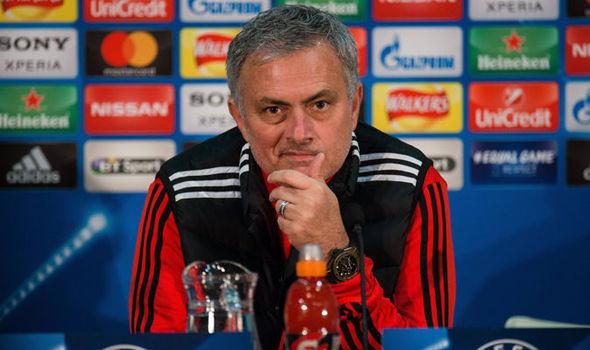 Jose Mourinho Hits Back At De Boer Over Rashford Jibe