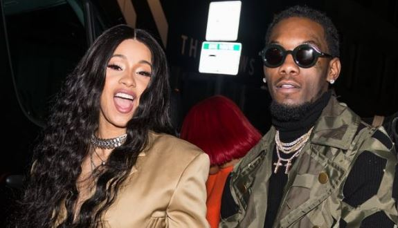 Cardi B and Offset share passionate kiss at the AMA 2018