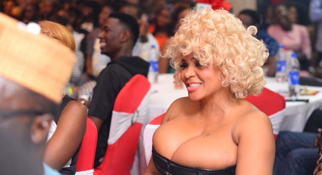 Cossy Ojiakor Accepts Appeal To Stop Posting Sexy Photos On IG Until After Ramadan
