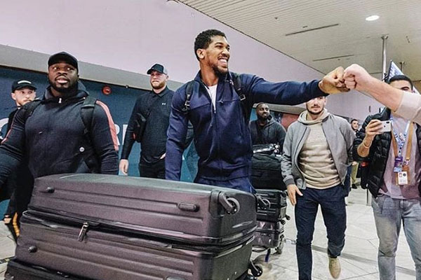 Anthony Joshua arrives Saudi Arabia ahead of his match with Andy Ruiz