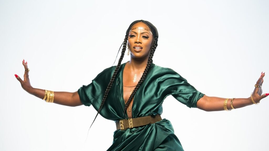 Tiwa Savage grieves as she loses P.A, Thompson