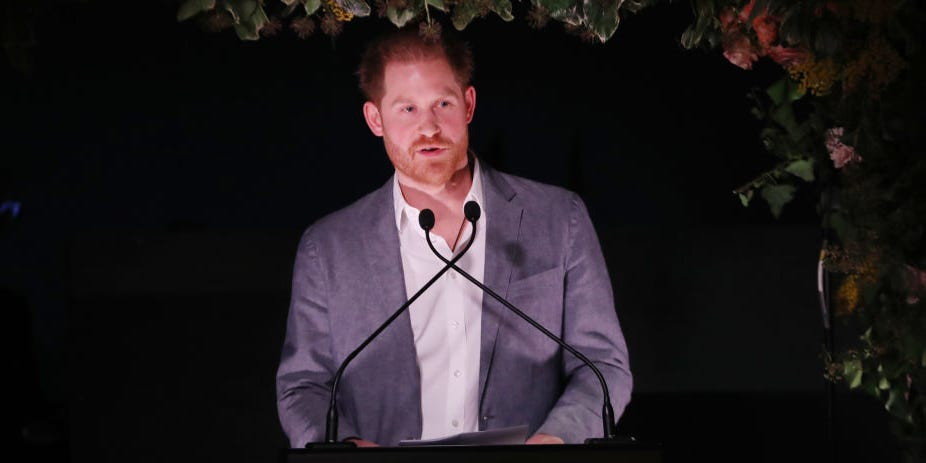 "Prince Harry addresses his decision to step down from royal duties. Says he had ""no choice"" (video)"