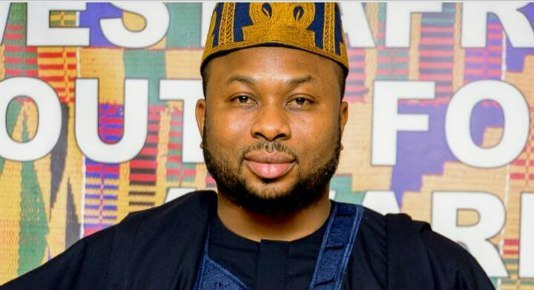 Olakunle Churchill shades Tonto Dikeh for calling him a 40 seconds man (video)