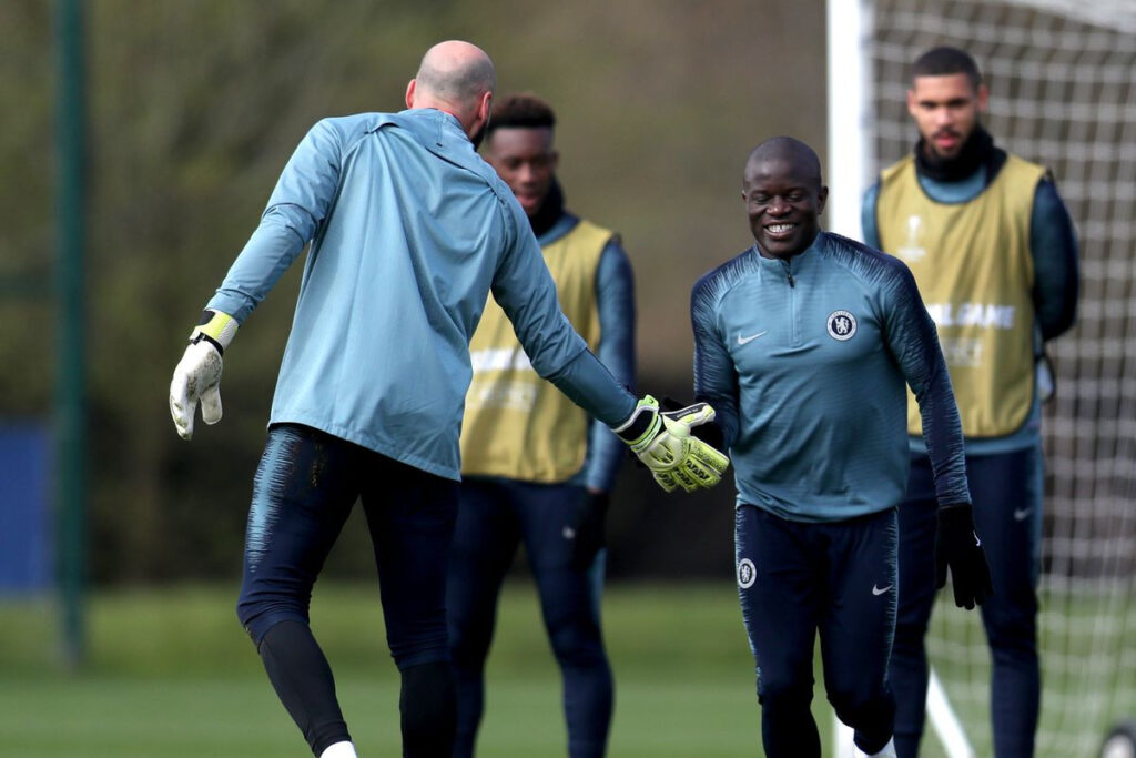 Chelsea goalkeeper, Willy Caballero reveals N'Golo Kante suffered Coronavirus symptoms; says he has the squad's backing over refusing to train