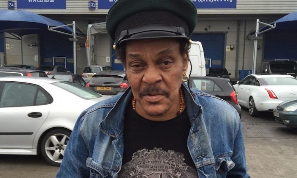 Nigerians react to news of Majek Fashek's death